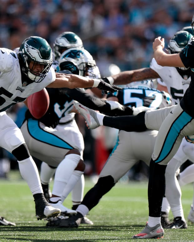 T.J. Edwards came up with a punt block against Carolina that helped set up winning touchdown