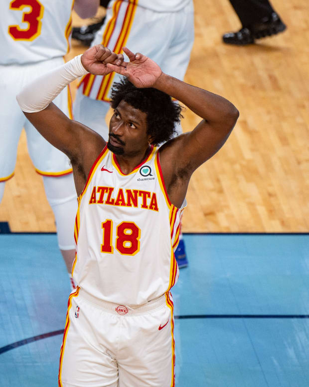 Dec 26, 2020; Memphis, Tennessee, USA; Atlanta Hawks forward Solomon Hill (18) during the game against the Memphis Grizzlies at FedExForum.