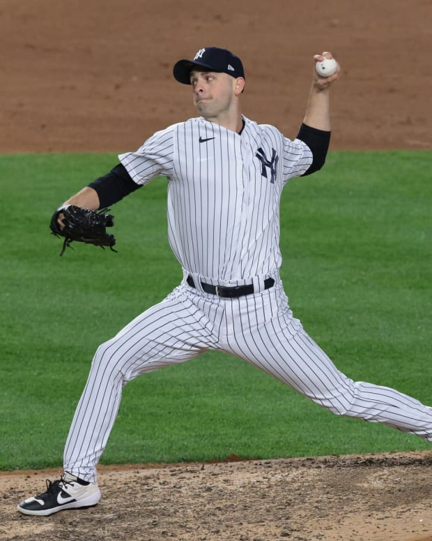 Yankees reliever Lucas Luetge pitching in pinstripes
