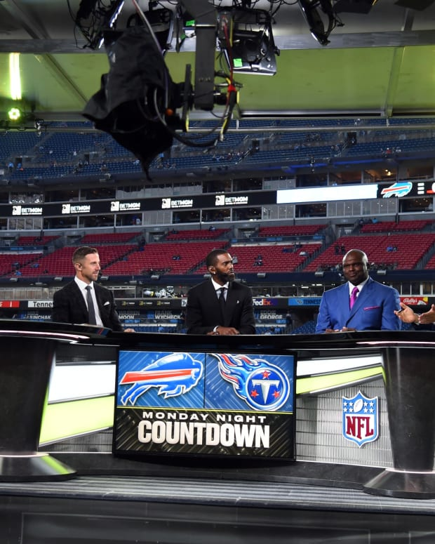 The ESPN Monday Night Countdown team talks before the game between the Tennessee Titans and the Buffalo Bills at Nissan Stadium.