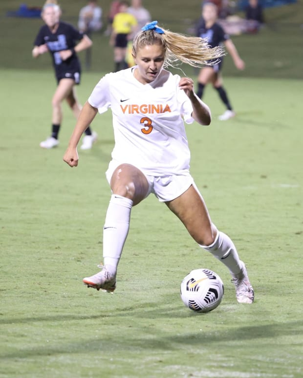 Alexis Theoret Virginia Cavaliers women's soccer