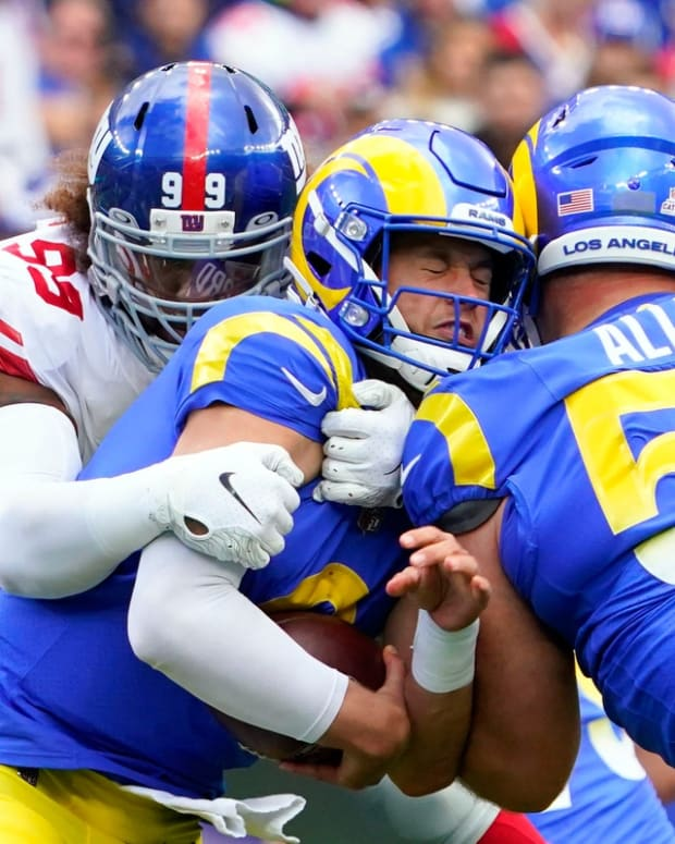 New York Giants defensive end Leonard Williams (99) sacks Los Angeles Rams quarterback Matthew Stafford (9) in the first half. The Giants fall to the Rams, 38-11, at MetLife Stadium on Sunday, Oct. 17, 2021, in East Rutherford.  Nyg Vs Lar