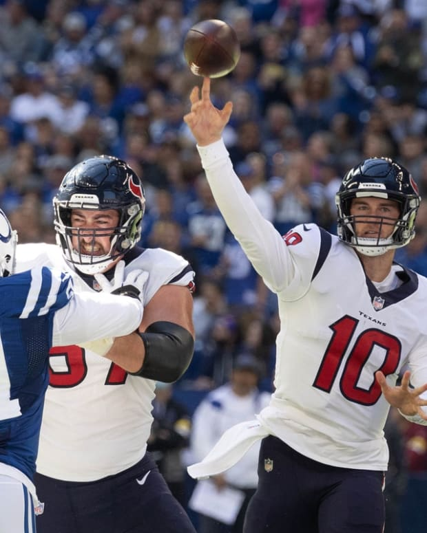 Oct 17, 2021; Indianapolis, Indiana, USA; Houston Texans quarterback Davis Mills (10) passes the ball in the first half against the Indianapolis Colts at Lucas Oil Stadium. Mandatory Credit: Trevor Ruszkowski-USA TODAY Sports