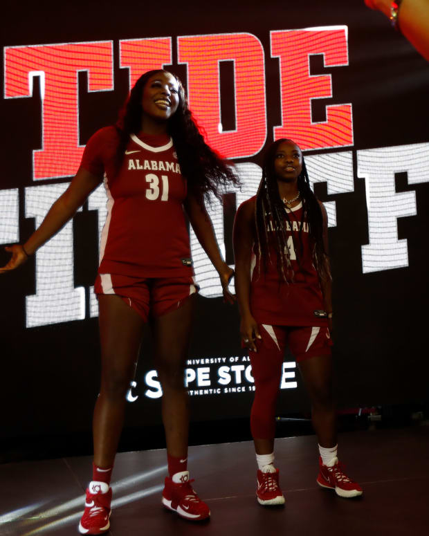 Alabama women's basketball players Jada Rice and Taylor Sutton at 2021 Tide Tipoff