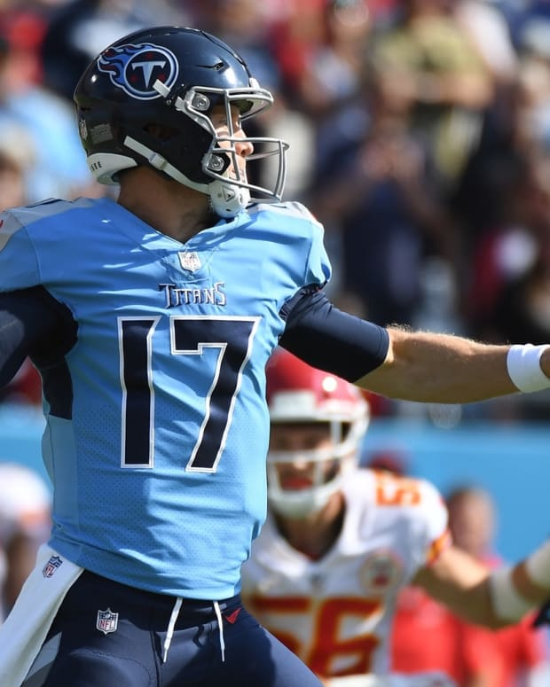 Tennessee Titans quarterback Ryan Tannehill (17) attempts a pass during the first half against the Kansas City Chiefs at Nissan Stadium.