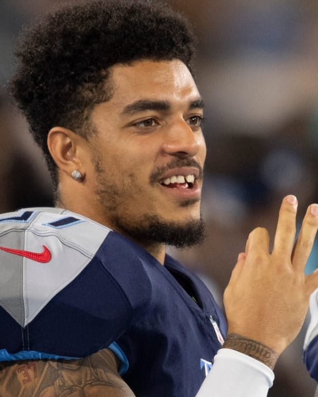 Tennessee Titans defensive back Amani Hooker (37) talks with a teammate on the sideline during an NFL Preseason game against the Chicago Bears at Nissan Stadium Saturday, Aug. 28, 2021 in Nashville, Tenn.