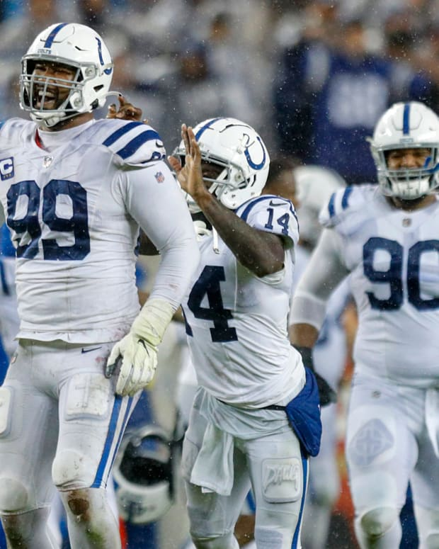 Indianapolis Colts tight end Jack Doyle (84), defensive tackle DeForest Buckner (99) and wide receiver Zach Pascal (14) celebrate after winning the game against the San Francisco 49ers, 30-18, Sunday, Oct. 24, 2021, at Levi's Stadium in Santa Clara, Calif. Indianapolis Colts Visit The San Francisco 49ers For Nfl Week 7 At Levi S Stadium In Santa Clara Calif Sunday Oct 24 2021