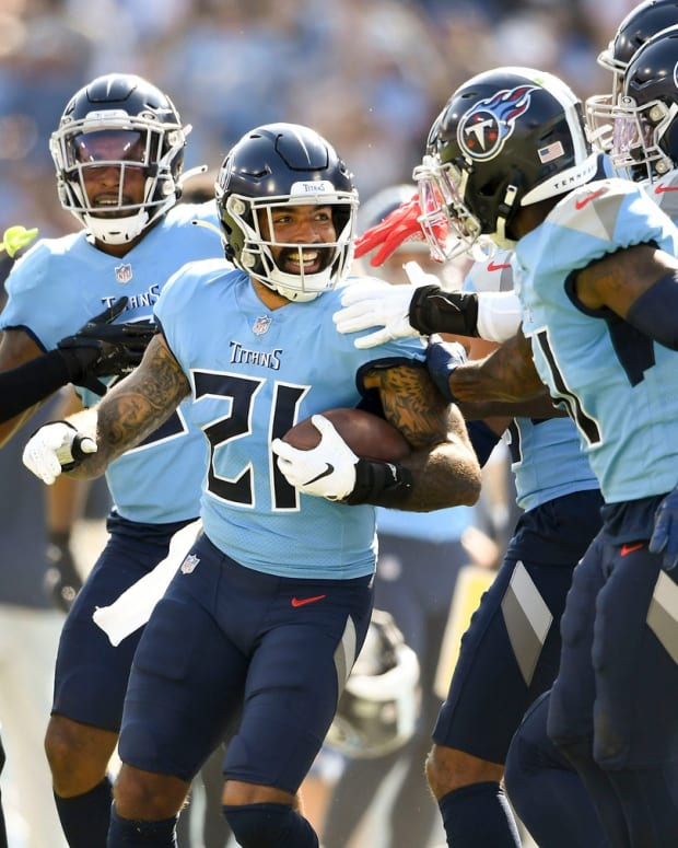 Tennessee Titans defensive back Matthias Farley (21) celebrates his fumble recovery as they face the Chiefs at Nissan Stadium Sunday, Oct. 24, 2021 in Nashville, Tenn.