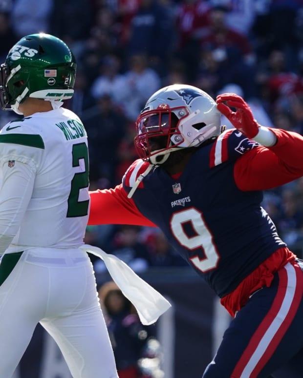 Jets QB Zach Wilson hit by Patriots LB Matt Judon