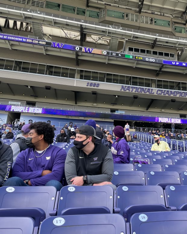 Fans were allowed inside Husky Stadium for the first time in 17 months.