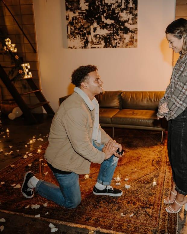 Elijah Molden proposes.