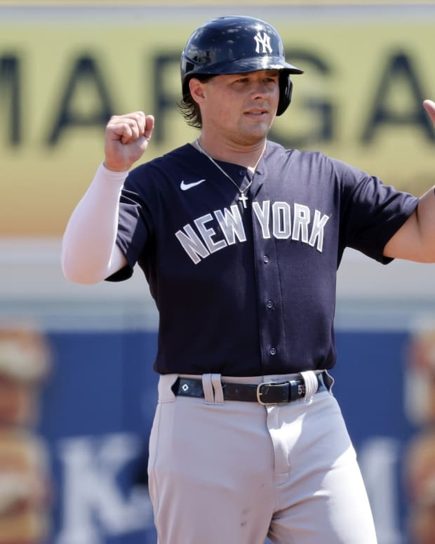 Yankees 1B Luke Voit spring training