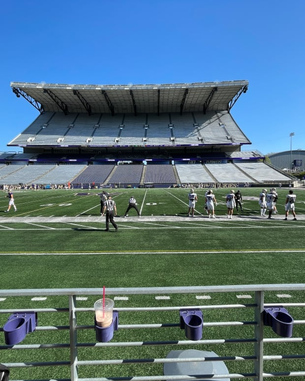 The Huskies put the pads on for Saturday's scrimmage.