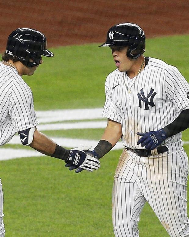 Yankees 3B Gio Urshela home run