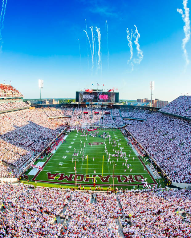 Generic - OU Stadium - whiteout