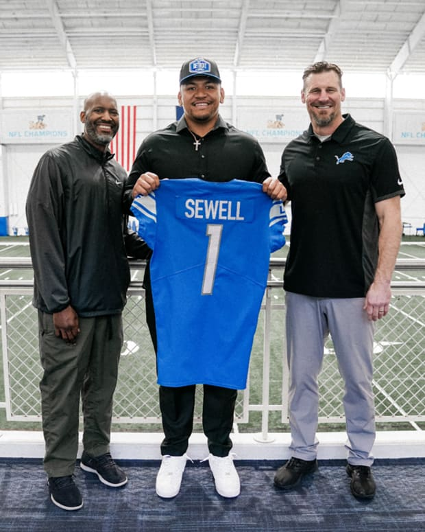 sewell4