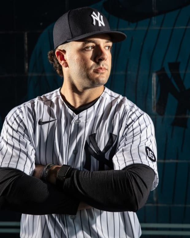 Yankees prospect Austin Wells photo day