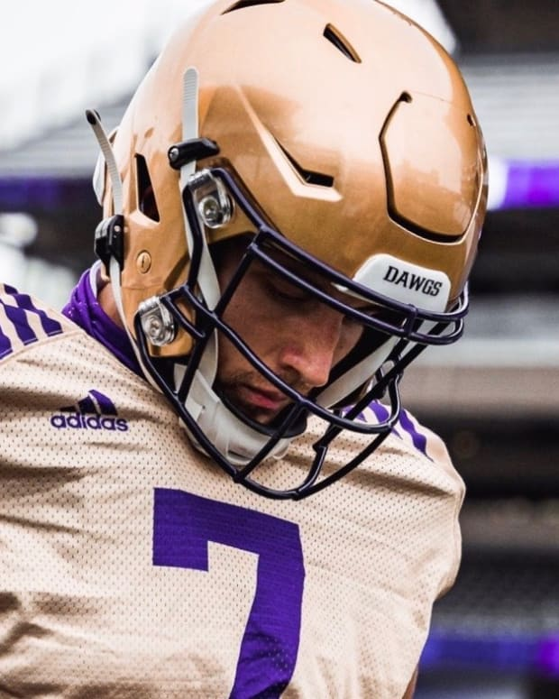 Kevin Thomson joined the UW but didn't play in the four games of 2020.