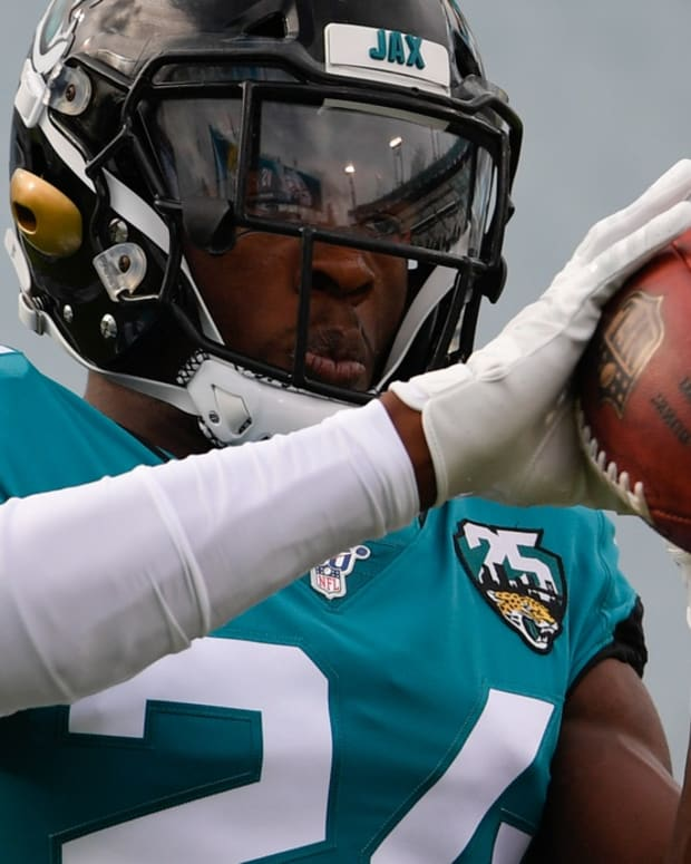 Jacksonville Jaguars cornerback Quenton Meeks (24) warms up prior to the game against the Philadelphia Eagles at TIAA Bank Field.