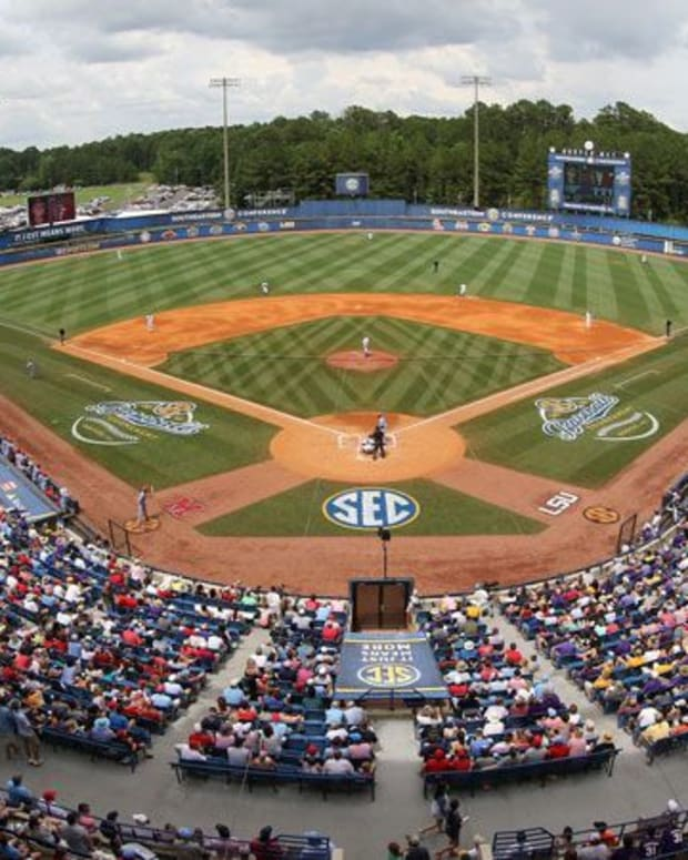Hoover Met, SEC Baseball Tournament
