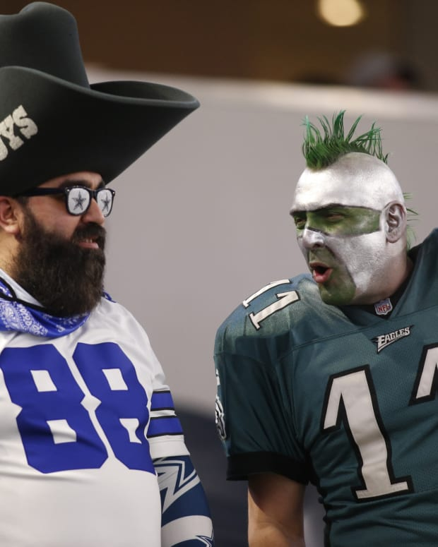 Eagles and Cowboys fans at the 2021 NFL Draft