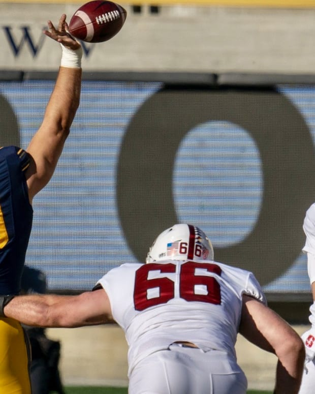 Brett Johnson knocks down a pass against Stanford