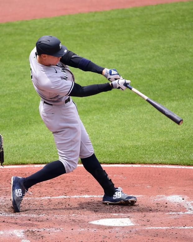 Yankees RF Aaron Judge hits home run against Orioles