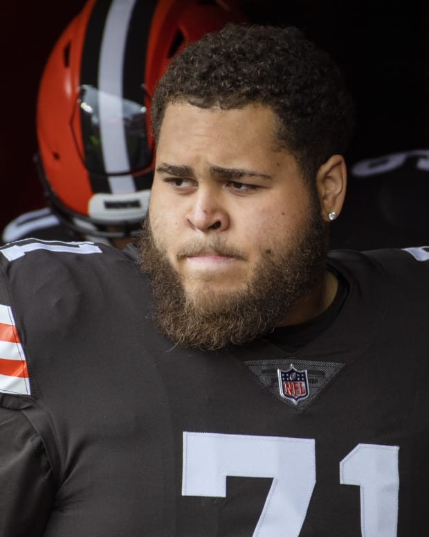 Nov 1, 2020; Cleveland, Ohio, USA; Cleveland Browns offensive tackle Jedrick Wills (71) prepares to take the field before the game between the Cleveland Browns and the Las Vegas Raiders at FirstEnergy Stadium. Mandatory Credit: Ken Blaze-USA TODAY Sports
