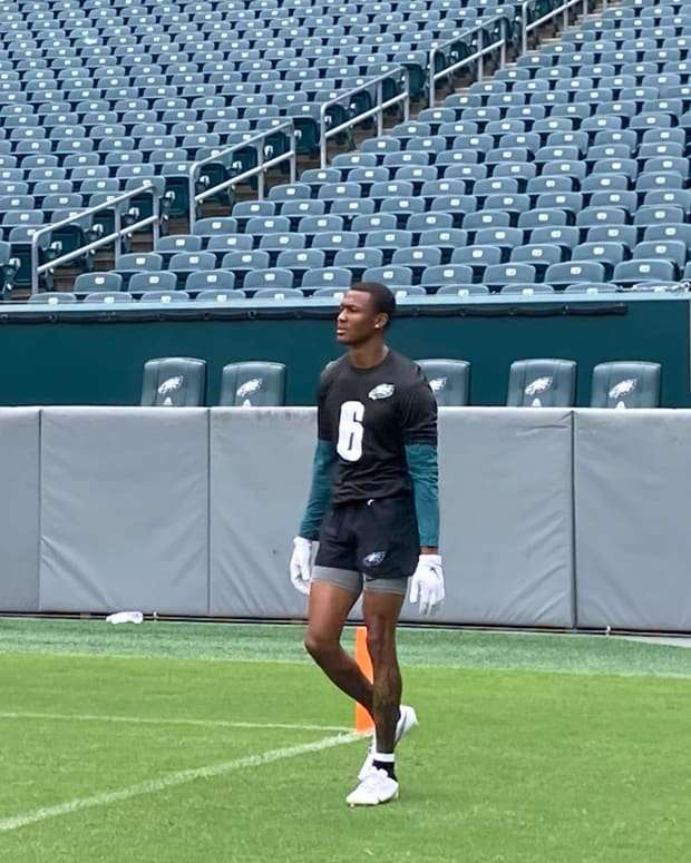 Eagles rookie WR DeVonta Smith at practice on June 4, 2021