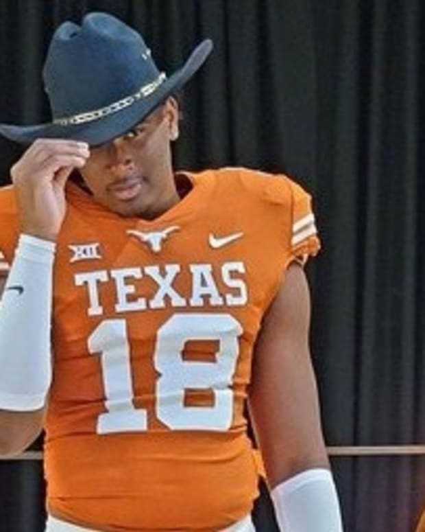 Jayden Wayne stopped by Texas for a visit.