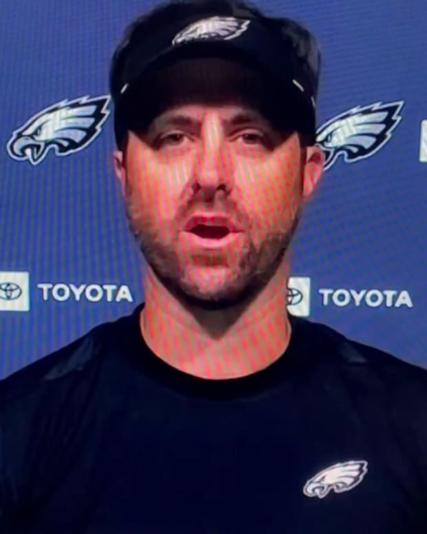Eagles pass game coordinator Kevin Patullo