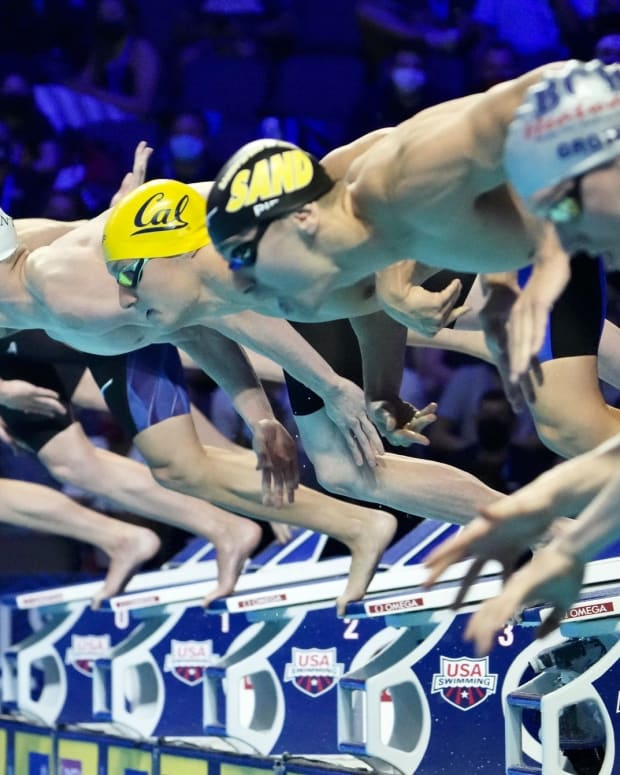 Andrew Seliskar comes off the blocks in the 200 free semifinals