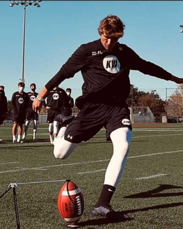 Robert Gunn works out at Kicking World