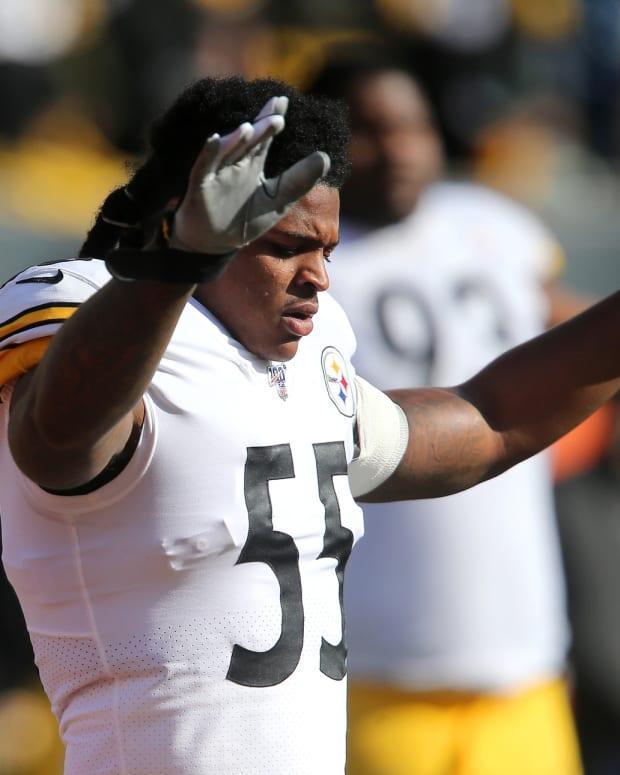 Nov 24, 2019; Cincinnati, OH, USA; Pittsburgh Steelers linebacker Devin Bush (55) warms up before the game against the Cincinnati Bengals at Paul Brown Stadium. Mandatory Credit: Joe Maiorana-USA TODAY Sports
