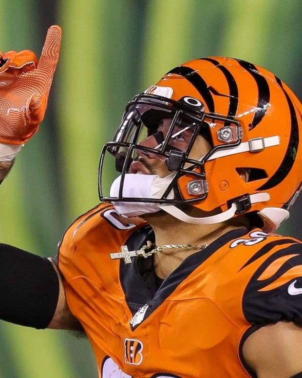 Dec 21, 2020; Cincinnati, Ohio, USA; Cincinnati Bengals safety Jessie Bates III (30) reacts while running onto the field prior to the game against the Pittsburgh Steelers at Paul Brown Stadium. Mandatory Credit: Katie Stratman-USA TODAY Sports