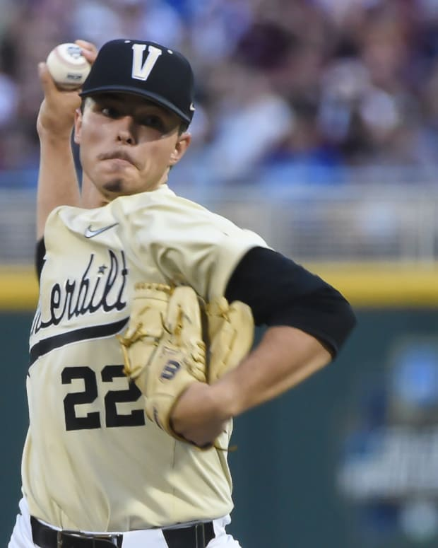 Jun 28, 2021; Omaha, Nebraska, USA; Vanderbilt Commodores starting pitcher Jack Leiter (22) pitches in the fifth inning against the Mississippi St. Bulldogs at TD Ameritrade Park.