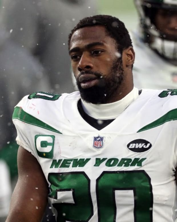 Jets S Marcus Maye reacts to loss