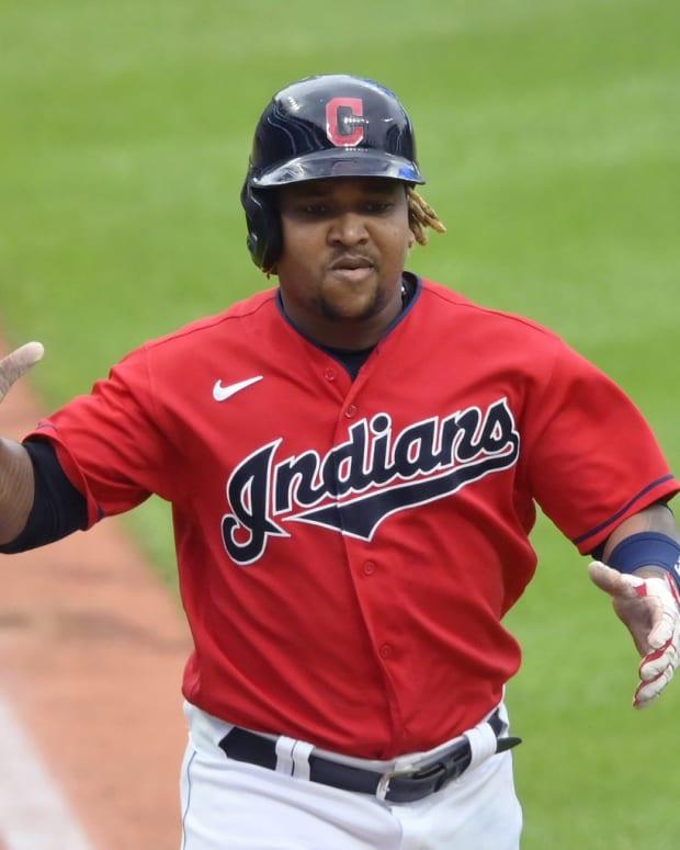 Cleveland Indians 3B Jose Ramirez hits home run