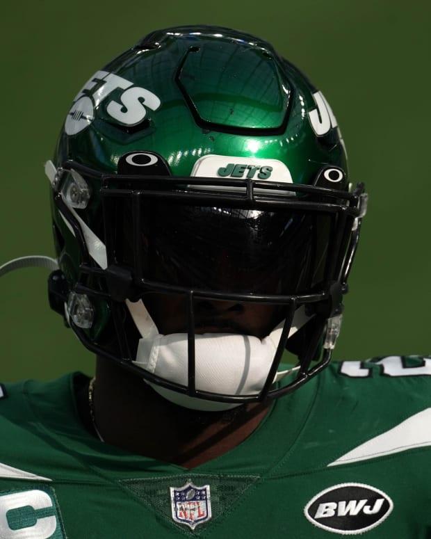 Jets S Marcus Maye helmet