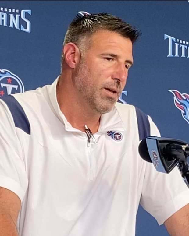Coach Mike Vrabel speaks during the first day of the Tennessee Titans' 2021 training camp.