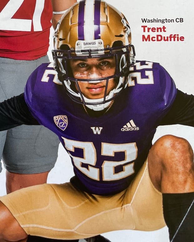 Trent McDuffie adorns the Athlon football preview cover.