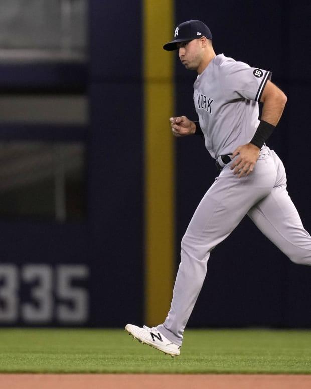 Yankees OF Joey Gallo running
