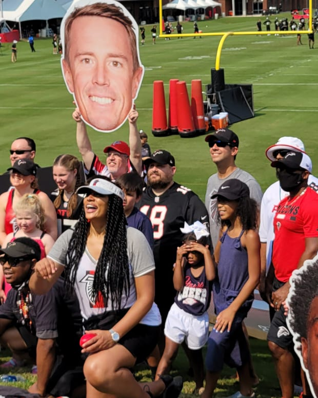 Fans Are Back at Falcons Training Camp