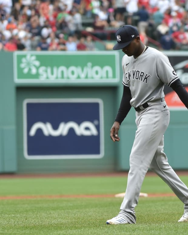 Yankees SP Domingo German walking