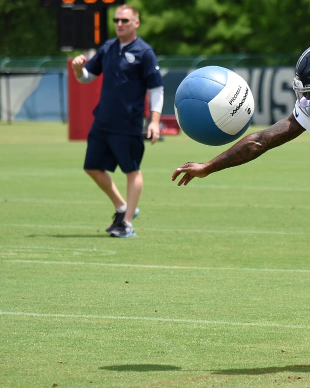 Tennessee Titans wide receiver Chester Rogers (80) knocks down a heavy ball as he runs drills during practice at Saint Thomas Sports Park Thursday, May 27, 2021 in Nashville, Tenn.