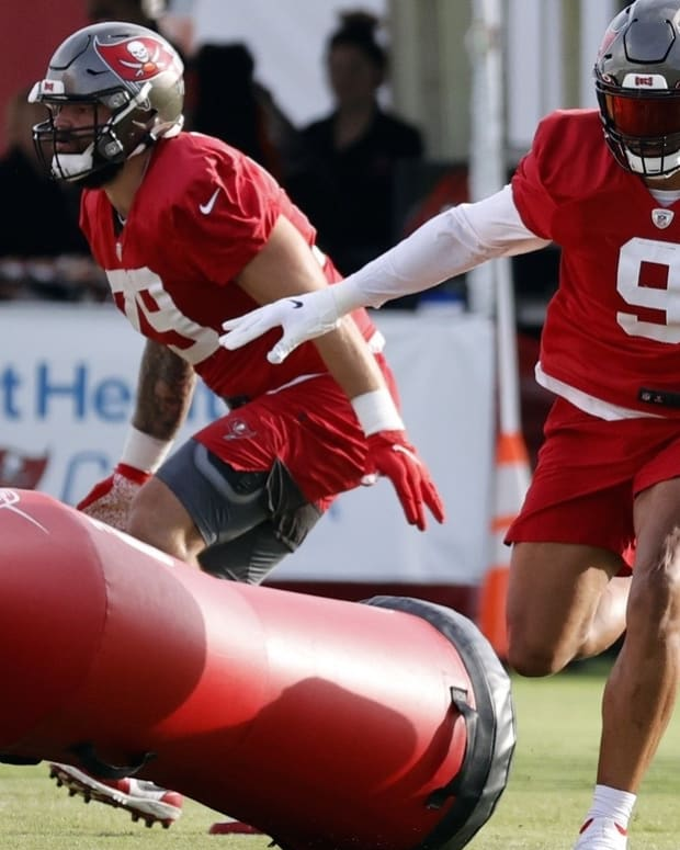 Joe Tryon has fit in well with the Bucs so far.