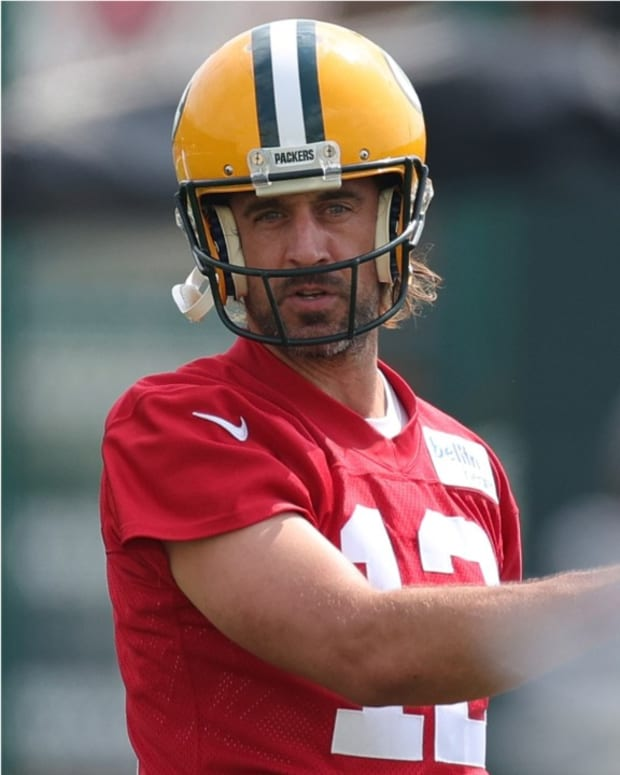 Packers_QB_Aaron_Rodgers_on_GM_Brian_Gut-610b32dc42a692353ebb8a7e_1_Aug_05_2021_24_41_04_poster