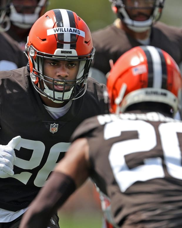 Cleveland Browns cornerback Greedy Williams, facing, participates in drills with Greg Newsome II during NFL football training camp, Friday, July 30, 2021, in Berea, Ohio. Brownscamp31 15