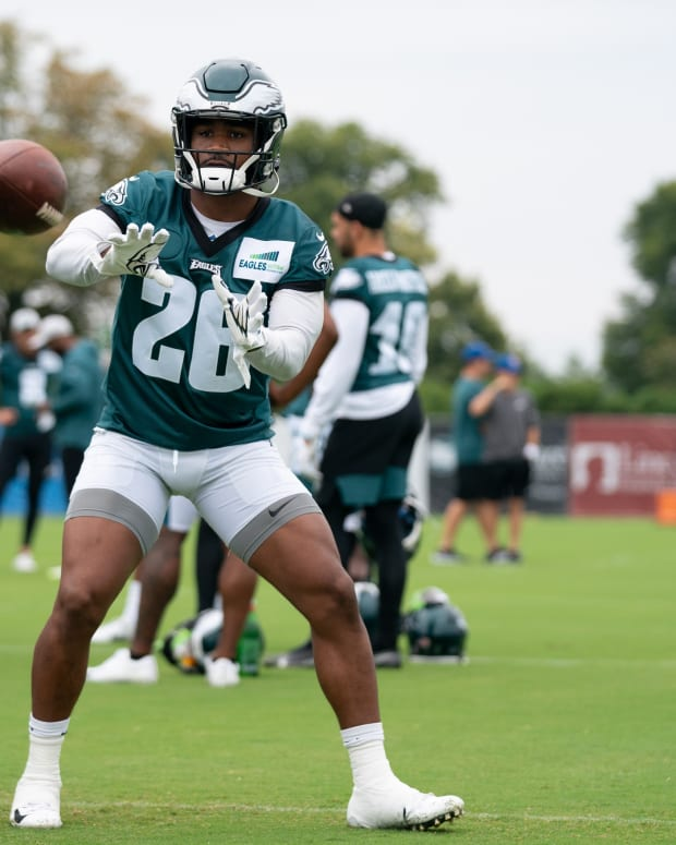 Eagles RB Miles Sanders needs to get more consistent in the pass game