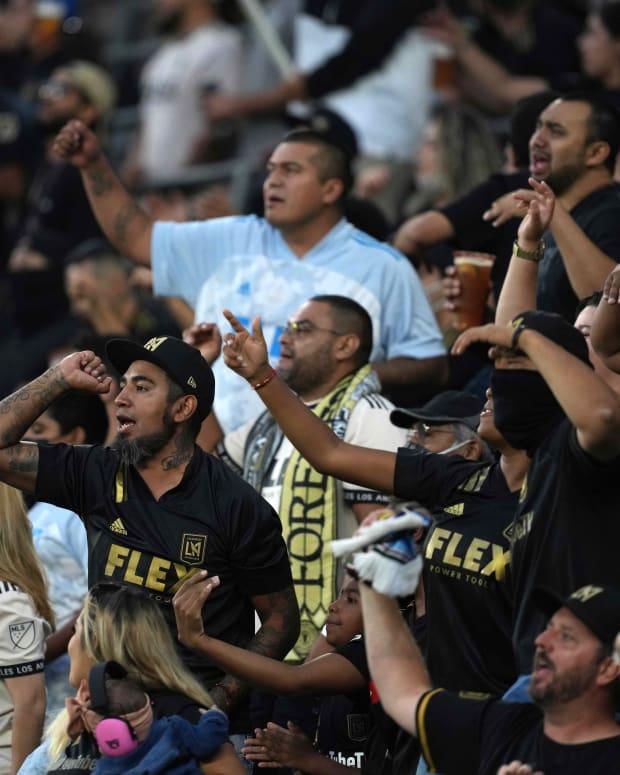 Soccer Fans 2